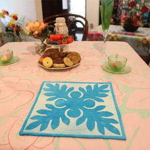 キャシー中島のキルトキット ウルのタペストリーとマスクキット(3個)セットの画像イメージ