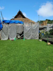 秩父宮記念公園母屋茅葺屋根修復作業経過
