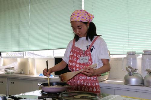 小中学生の部 ★優秀賞★「コロコロ野菜の味噌煮」 大井 莉音さん(御殿場西中学校1年)