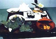 柏もち、赤飯、箱ずし、葱とタニシのぬた