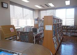 富士岡支所2階 富士岡地区図書館