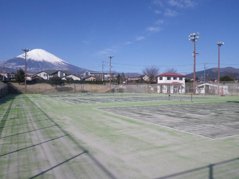 H28テニスコート1