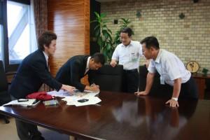 青年海外協力隊員の高橋さん 若林市長らを表敬訪問
