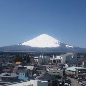 御殿場市から見た霊峰富士